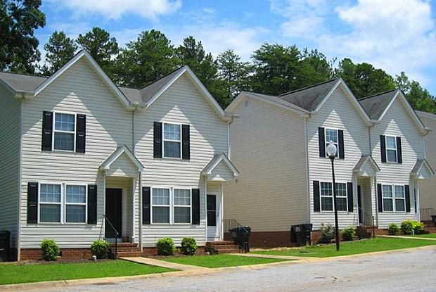Golf Course Manor Apartments - 1072 Piedmont Golf Course Road, Piedmont, SC 29673