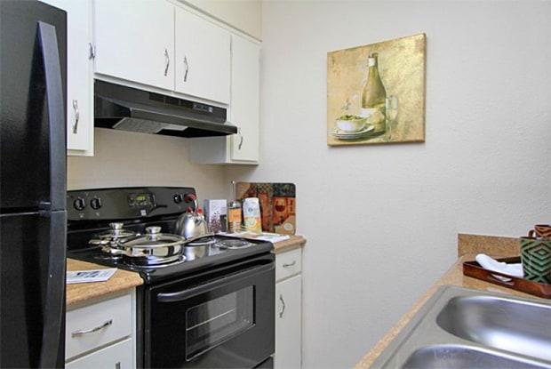 Royal Ridge Apartments - 7350 State Ave, Kansas City, KS 66112