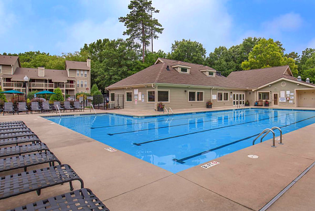 Shadowood Apartments - 110 Piney Mountain Rd, Chapel Hill, NC 27514