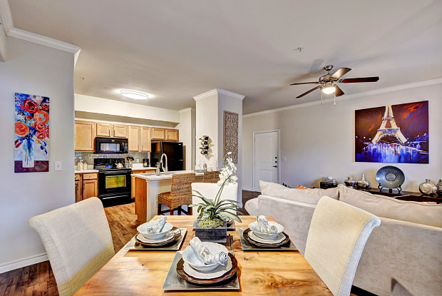 Palm Valley Apartments - 1301 N Aw Grimes Blvd, Round Rock, TX 78664