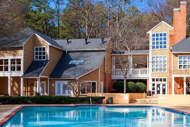 Oak Tree Villas - 3465 Kensington Rd, Decatur, GA 30032