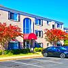 Dulles Glen - 1265 Elden St, Herndon, VA 20170