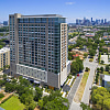 Southmore - 5280 Caroline St, Houston, TX 77004