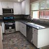 365 Victoria St A - 365 Victoria St, Costa Mesa, CA 92627