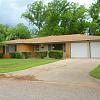 318 Saxon Street - 318 Saxon Street, Abilene, TX 79605