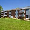 Harrisburg Apartments - 9424 Holmes Plz, Omaha, NE 68127