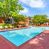 Chesapeake Bay - 550 St Michaels Way, Newport News, VA 23606