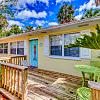272 3RD ST - 272 3rd Street, Atlantic Beach, FL 32233
