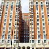 Wyndham Apartments - 5240 N Sheridan Rd, Chicago, IL 60640