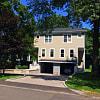 7 Hollow Wood Lane - 7 Hollow Wood Lane, Pemberwick, CT 06831