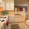 Center Point Apartment Homes - 6710 Hollow Run Pl, Indianapolis, IN 46214