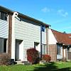 Woodside Meadows Townhomes - 4590 Seaway Dr, Lansing, MI 48911