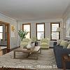 429-431 W Roscoe St - 429 W Roscoe St, Chicago, IL 60657