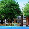 Creekwood - 4208 W Pioneer Dr, Irving, TX 75061