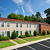 Woodbriar Apartments - 621 Warwick Village Dr, Richmond, VA 23224