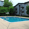 High Pointe Apartments - 1229 Beacon Parkway East, Birmingham, AL 35209