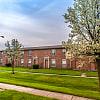 Chapel Oaks Apartments - 859 Buchanan St, Fort Wayne, IN 46803