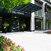 Del Prado - 5307 S Hyde Park Blvd, Chicago, IL 60615