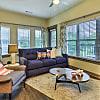 Cedar Flats - 225 N Cedar St, Charlotte, NC 28202
