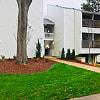Hawthorne North Ridge - 6615 The Lakes Dr, Raleigh, NC 27609