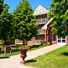 Creekside Apartments - 200 Nathan Ln N, Plymouth, MN 55441