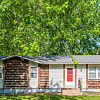 642 North Sioux Avenue - 642 N Sioux Ave, Independence, MO 64056