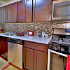 Westerlee Apartments - 8 Poolside Ct, Catonsville, MD 21228