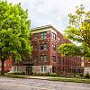 Kenwood - 615 E Armour Blvd, Kansas City, MO 64109