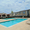 Breckenridge - 535 Seminar Dr, Houston, TX 77060