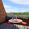 Big Walnut Apartments - 5312 Gatehouse Dr, Whitehall, OH 43213