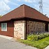 Garfield Commons Apartments - 17673 Kingsbrooke Cir, Clinton, MI 48038