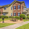 Villas of Kingwood - 300 Forest Center Dr, Houston, TX 77339