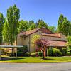 Woodlake - 11400 NE 132nd St, Kirkland, WA 98034