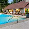 Glen Lake - 6901 Glenlake NE, Atlanta, GA 30328