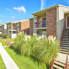 Riverstone Apartments - 8711 Cinnamon Creek Dr, San Antonio, TX 78240