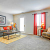 Avery Point - 8525 Laurel Valley Dr, Indianapolis, IN 46250