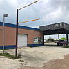 123 N Vineyard St & E Market - 123 N Vineyard St, Sinton, TX 78387