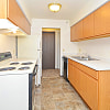 Summit Square - 936 41st St NW, Rochester, MN 55901