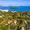 5968 NE 6 CT - 5968 NE 6th Ct, Miami, FL 33137