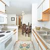 Park West Apartments - 10901 Jaynes Plz, Omaha, NE 68164