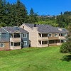 Golf Creek Apartments - 1807 SW Golf Creek Dr, West Haven-Sylvan, OR 97225