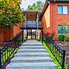 Courtyard - 2012 W Ash St, Columbia, MO 65203
