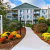 Greenview Village - 55 Golfview Dr, Manchester, NH 03102