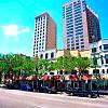 Gramercy Row - 660 N Dearborn St, Chicago, IL 60654