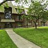 Fox Crest - 2805 West Glen Flora Avenue, Waukegan, IL 60085