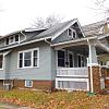1841 Grande SE - 1841 Grande Avenue Southeast, Cedar Rapids, IA 52403