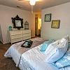 Algarita Lakeside - 8555 Laurens Ln, San Antonio, TX 78218