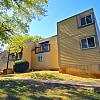 Grant 79 - 7913 Grant Ave, Overland Park, KS 66204
