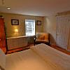 464 Classon Avenue, 2 bedrooms, 2 bathrooms - 464 Classon Avenue, Brooklyn, NY 11238