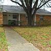 1011 Glade Street - 1011 Glade Street, College Station, TX 77840